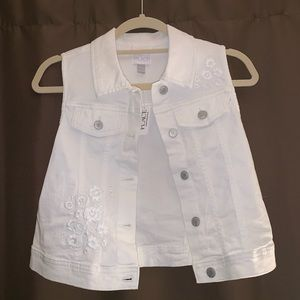 Children's place embroidered vest Large 10-12